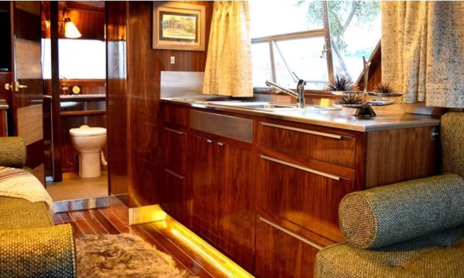 Travel Trailer Interior Features