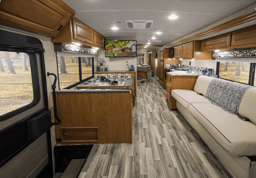 Winnebago Sunstar 29VE Interior
